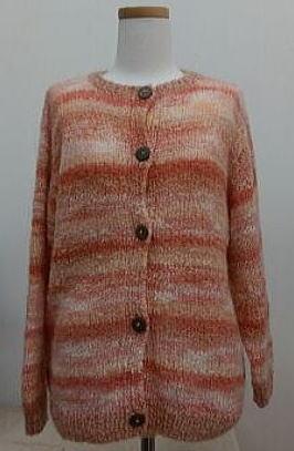 ウールとシルクモヘアの手編みカーディガン