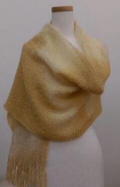 ウールとシルクモヘアの手織りショール